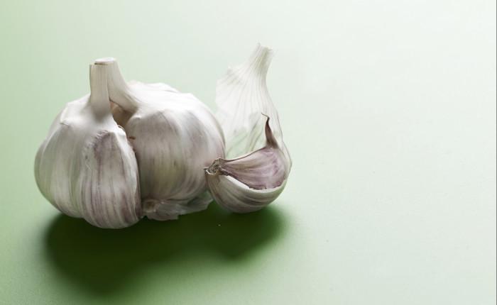 Owiamo-Knoblauch-Food-Foodfotograf-PascalKamber