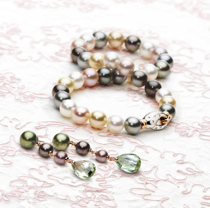 Perlen_Kette_Ohr_multicolor