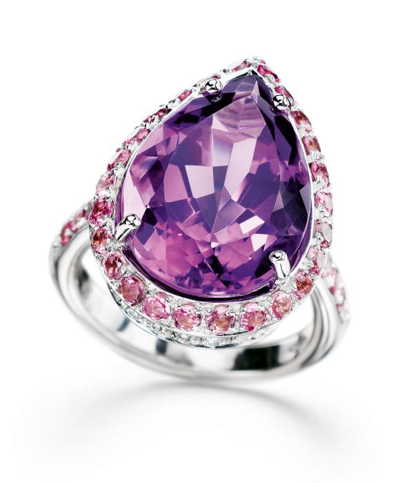 Ring_violet_Stein